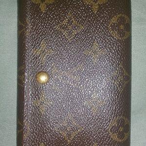 """Louis Vuitton 5.5""""Lx3.5""""H Monagrammed  wallet"""